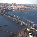 Photo of the Benicia-Martinez bridge by Ryanloney at English Wikipedia [Public domain], via Wikimedia Commons